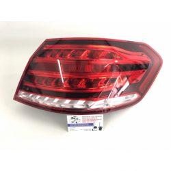 mercedes-benz-e-w212-42013-122015-oprava-zadnych-led-svetlometov