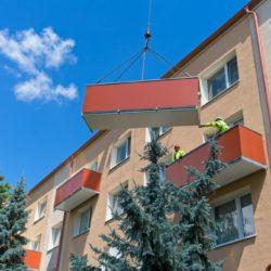 montaz-balkonu-